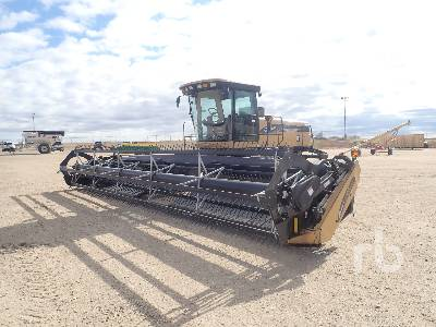 2005 CHALLENGER SP115B 30 Ft Swather