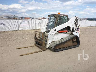 2008 BOBCAT T320 Multi Terrain Loader