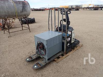 PE 4500 Electric Pallet Jack