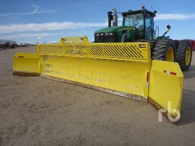2016 PIT BULL 4060HD10W20 Q/C 30 Ft Snow Tractor Dozer