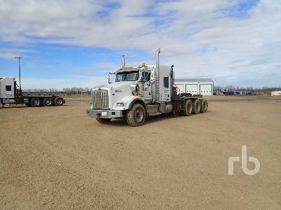 2012 KENWORTH T800 Tri Drive Sleeper Winch Tractor