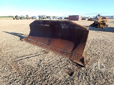 A 159 In. Hydraulic Tilt Crawler Tractor Dozer