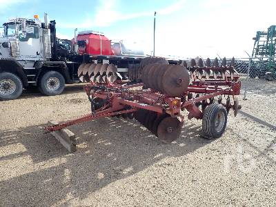 MASSEY FERGUSON 520 18 Ft Disc