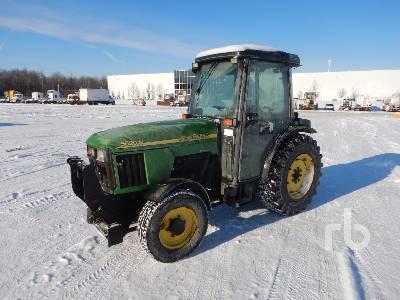 2004 JOHN DEERE 5520N MFWD Tractor