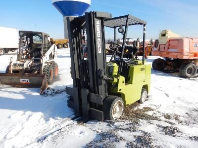1993 CLARK C500-S80 7325 Lb Forklift