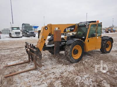 2012 CATERPILLAR TL943 9000 Lb 4x4x4 Telescopic Forklift