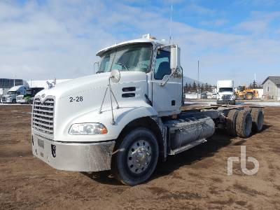 2006 MACK CXN613 Vision T/A Cab & Chassis