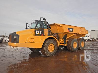 2014 CATERPILLAR 740B 6x6 Articulated Dump Truck