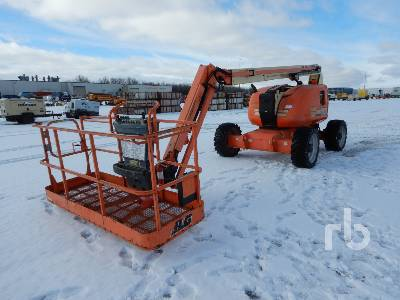 2011 JLG 600AJ Articulated Boom Lift