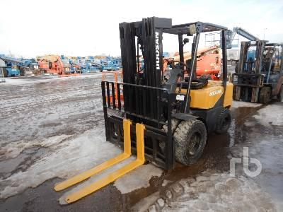 DOOSAN D305-3 5400 Lb Forklift