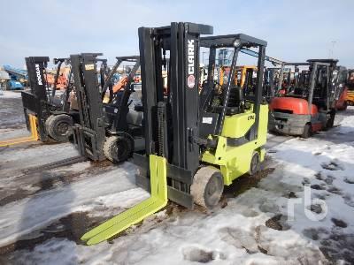 CLARK GCX-40 6800 Lb Forklift