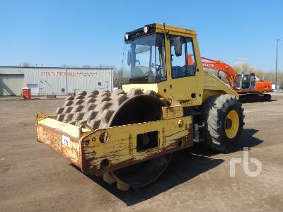 2011 BOMAG BW211PD-40 Vibratory Padfoot Compactor