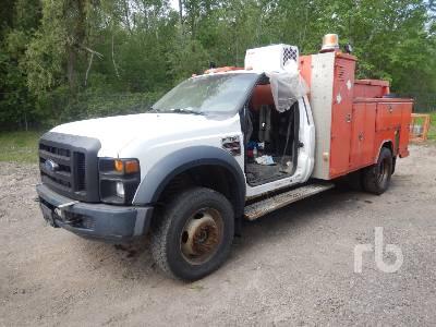 2008 FORD F550 XL Super Duty 4x4 Utility Truck