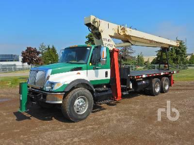 2005 INTERNATIONAL 7400 Durastar T/A w/Terex BT4792C 25 Ton Boom Truck