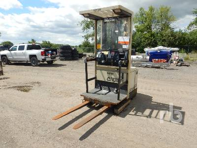 CROWN 30SP36TL 2900 Lb Stand Up Electric Forklift