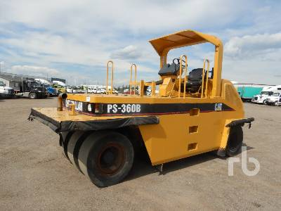 1999 CATERPILLAR PS360B 7 Wheel Pneumatic Roller