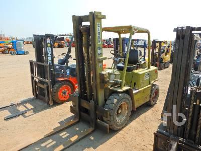 1984 CLARK C500Y60 6000 Lb Forklift