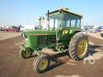 JOHN DEERE T111R 2WD Tractor