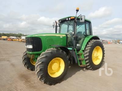 2005 JOHN DEERE 7220 MFWD Tractor