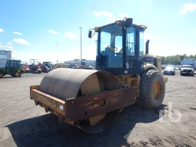 2001 CATERPILLAR CS563D Vibratory Roller