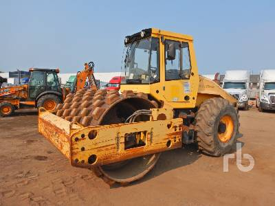 BOMAG BW213PDH-40 Vibratory Padfoot Compactor