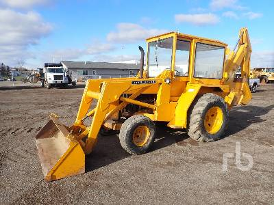 1979 JOHN DEERE 310F Loader Backhoe