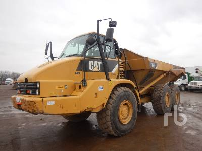 2011 CAT 725 6x6 Articulated Dump Truck