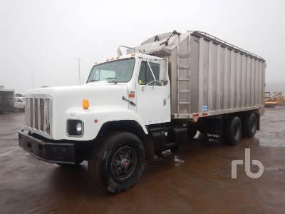 Grain, Silage & Produce Trucks