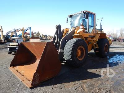 2011 VOLVO L110F Wheel Loader