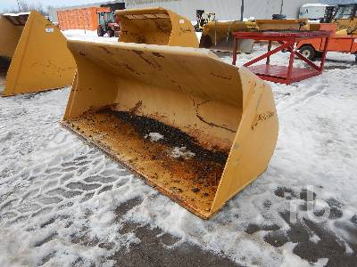 GARIER Q/C 8 Ft 8 In. Wheel Loader Bucket
