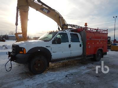 2006 FORD F550 Crew Cab 4x4 Utility Truck