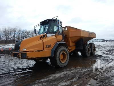 2005 CASE 330 Articulated Dump Truck