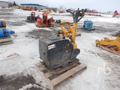 2010 BOMAG BPR55/65D Reversible Plate Compactor