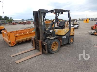 2006 DOOSAN G30P-3 5800 Lb Forklift