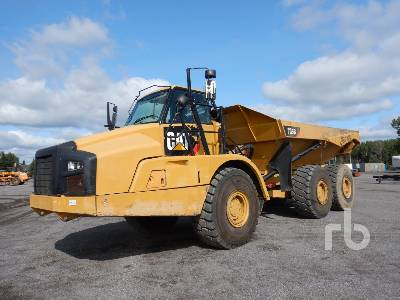 2011 CATERPILLAR 735B 6x6 Articulated Dump Truck