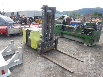 CLARK 30TTF 3000 Lb Electric Pallet Jack