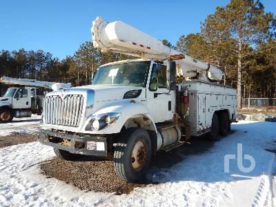 2010 INTERNATIONAL 7400 T/A w/Altec AM55E Bucket Truck