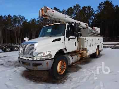 2011 INTERNATIONAL 4400 S/A w/Altec L45M Bucket Truck