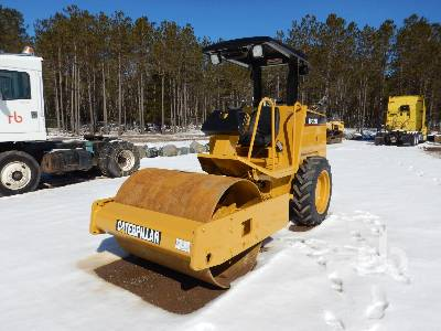 2003 CATERPILLAR CS323C Vibratory Roller