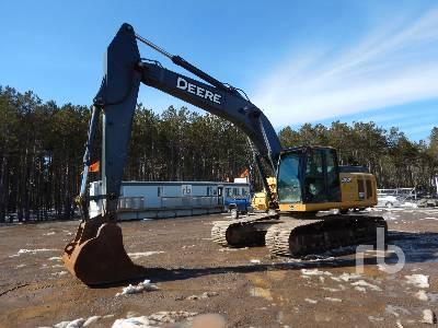 2011 JOHN DEERE 240D LC Hydraulic Excavator