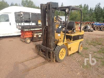 DAEWOO 4450 Lb Forklift
