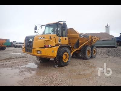 2015 JOHN DEERE 250D 6x6 Articulated Dump Truck