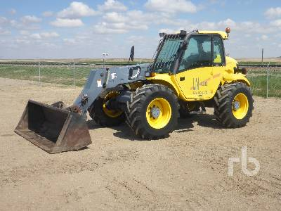 2000 NEW HOLLAND LM430 6600 Lb 4x4 Telescopic Forklift