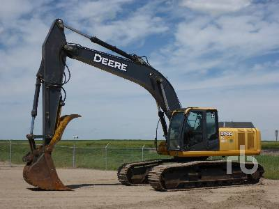 2011 JOHN DEERE 270D LC Hydraulic Excavator
