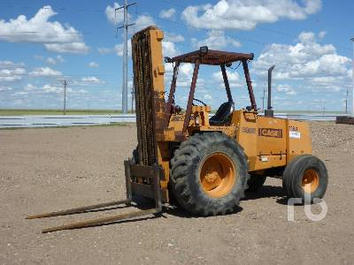 CASE 586E Rough Terrain Forklift