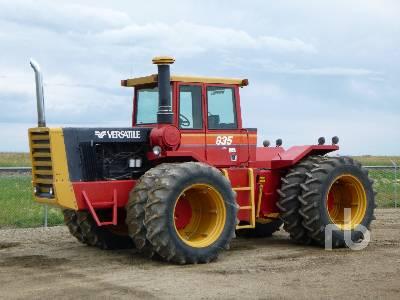 1984 VERSATILE 835 Series 3 4WD Tractor