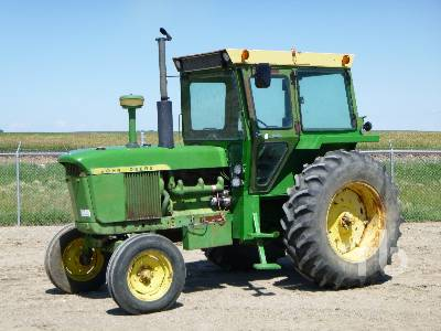 1961 JOHN DEERE 4010 2WD Antique Tractor