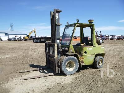 CLARK C500-YS80 7425 Lb Forklift