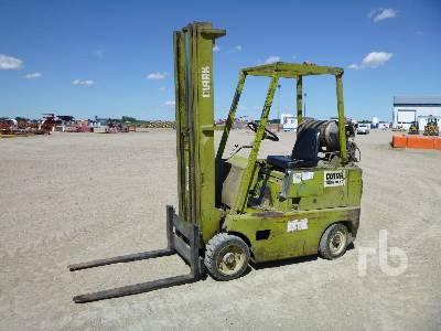 CLARK C300-50 Forklift