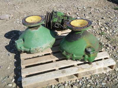 JOHN DEERE Qty Of Combine Parts Agricultural Equipment - Other